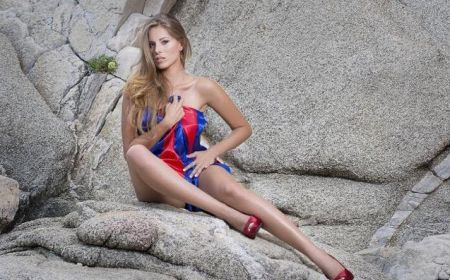 Andrea Huisgen - Miss España 2011 comenta el escándalo sobre el error de coronación de Miss Universo 2015.